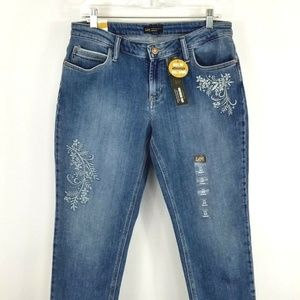 Lee Modern Series Girlfriend Cropped Embroidered